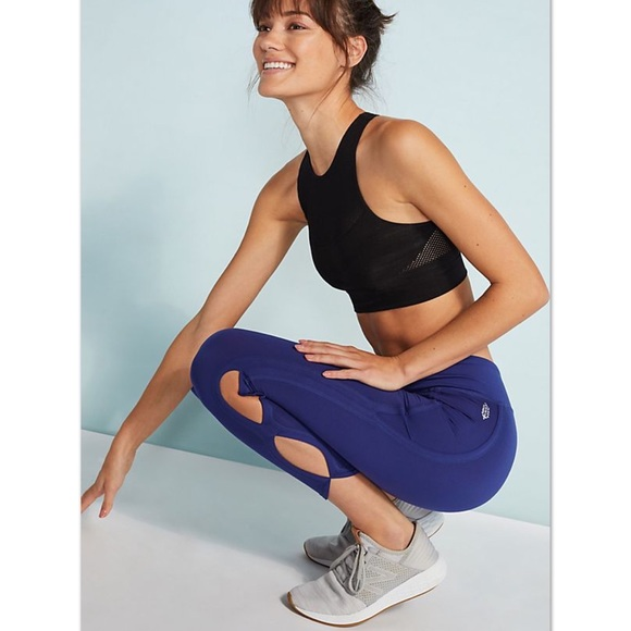 Free People Pants - Free People Movement Infinity Cutout Crop Leggings